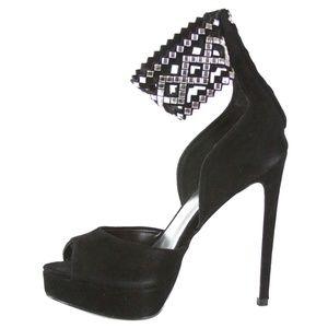 BEBE Tanaz Ankle Strap Heel Pumps Size 7
